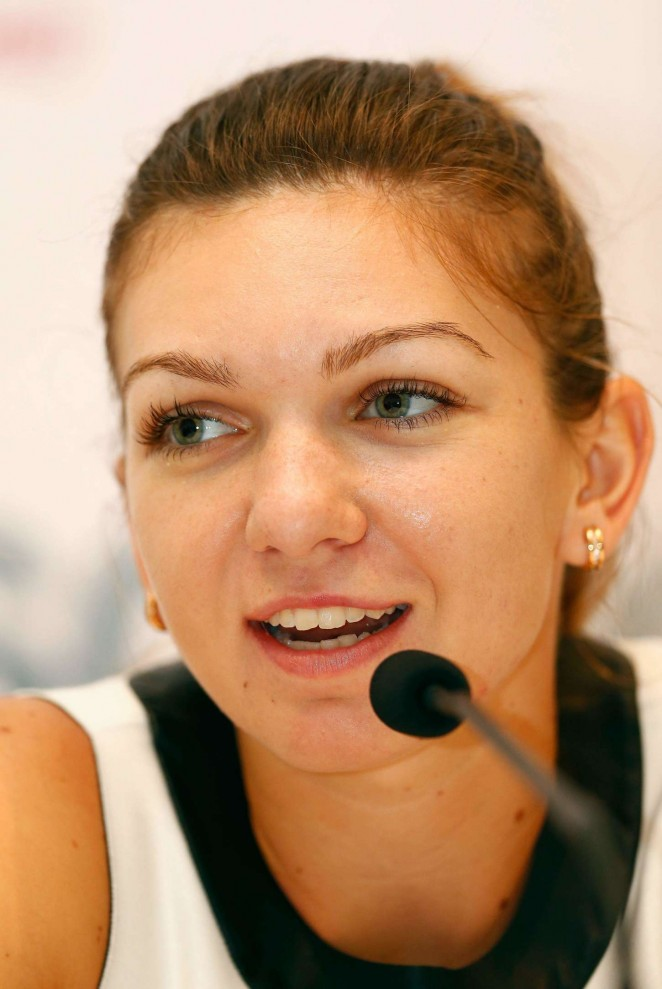 Simona Halep at Press Conference Ahead of the WTA - Simona-Halep:-Press-Conference-Ahead-of-the-WTA-2014--04-662x989