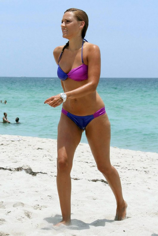 simone-ballack-in-a-bikini-in-miami-beach-12