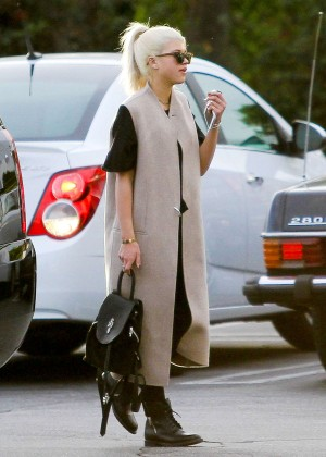 Sofia Richie - Shoping at Fred Segal in West Hollywood