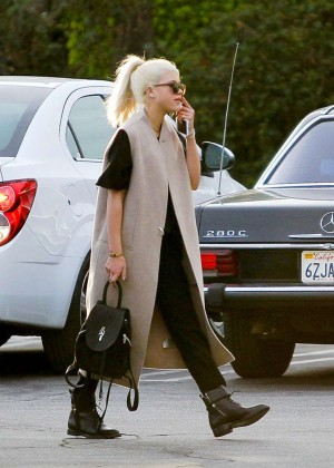Sofia Richie - Shoping at Fred Segal -05