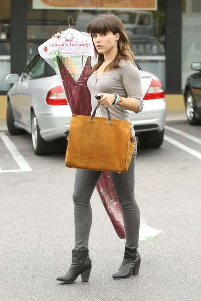 Sophia Bush In Tight Pants At The Dry Cleaners In West