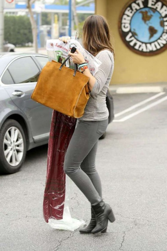... post Sophia Bush In Tight Pants at the dry cleaners in West Hollywood