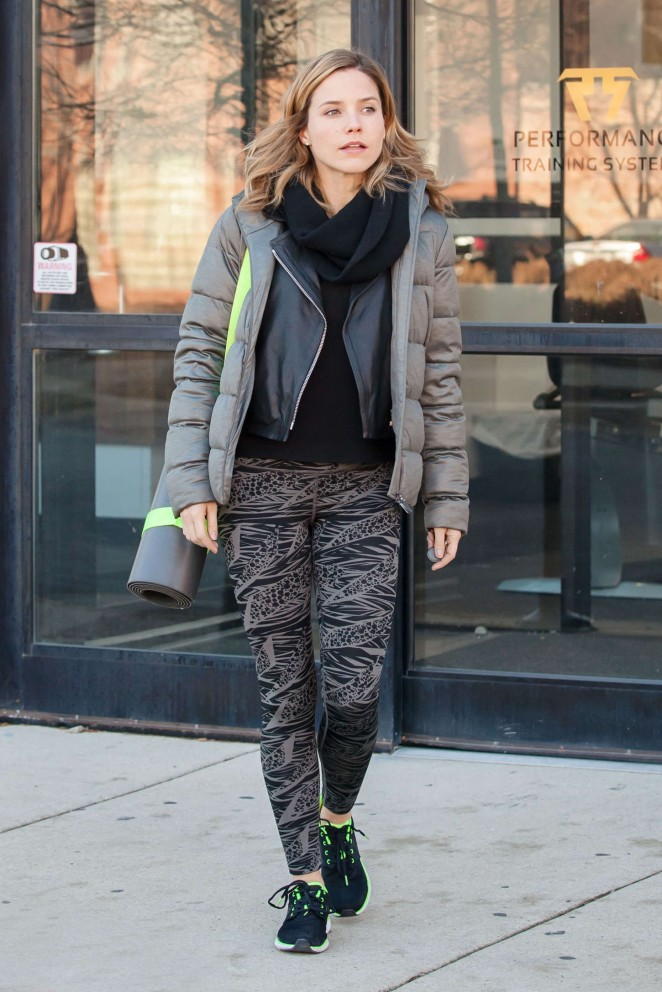 Sophia Bush in Leggings Leaving a gym in Chicago