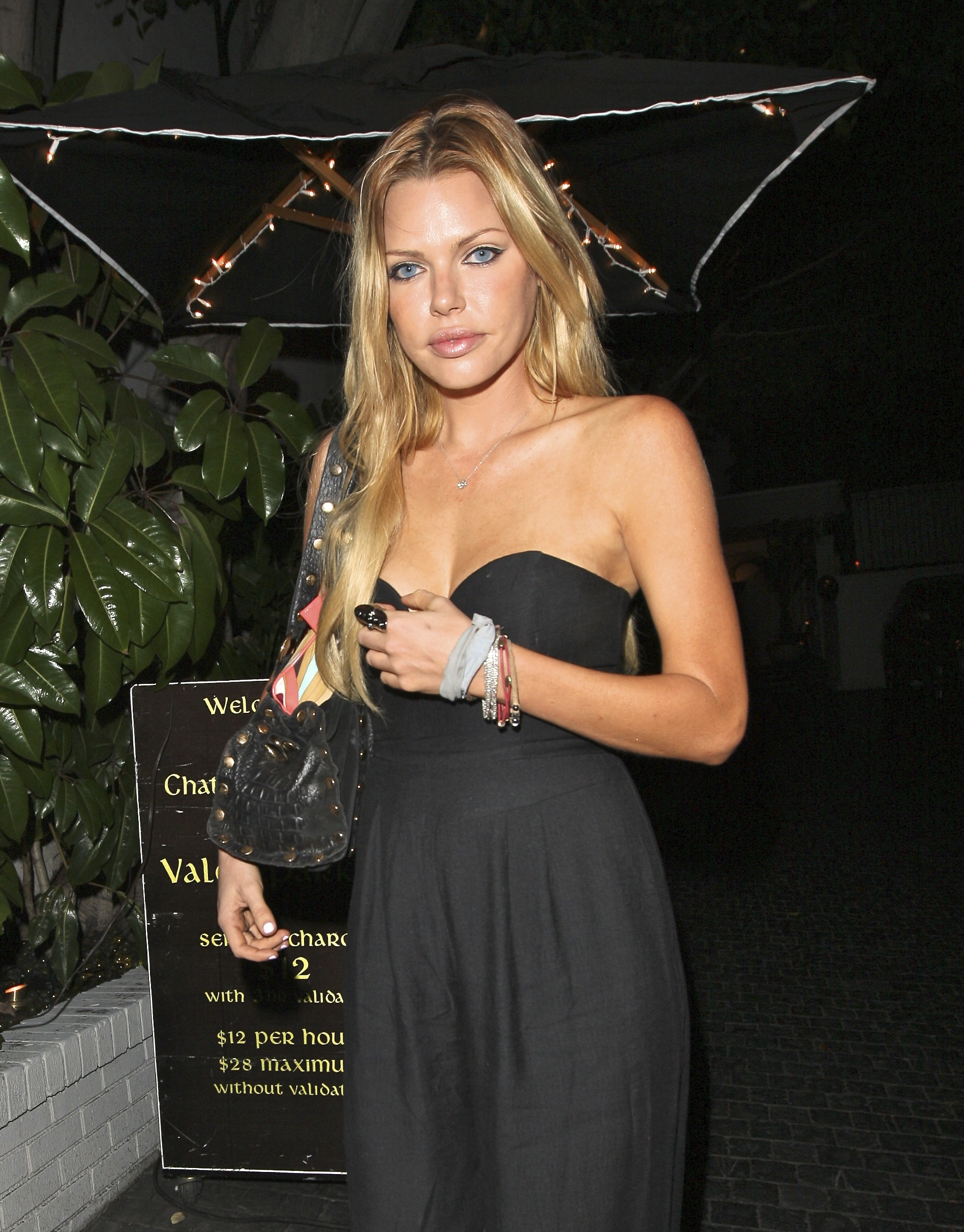 Sophie Monk – Candids in Hollywood-03