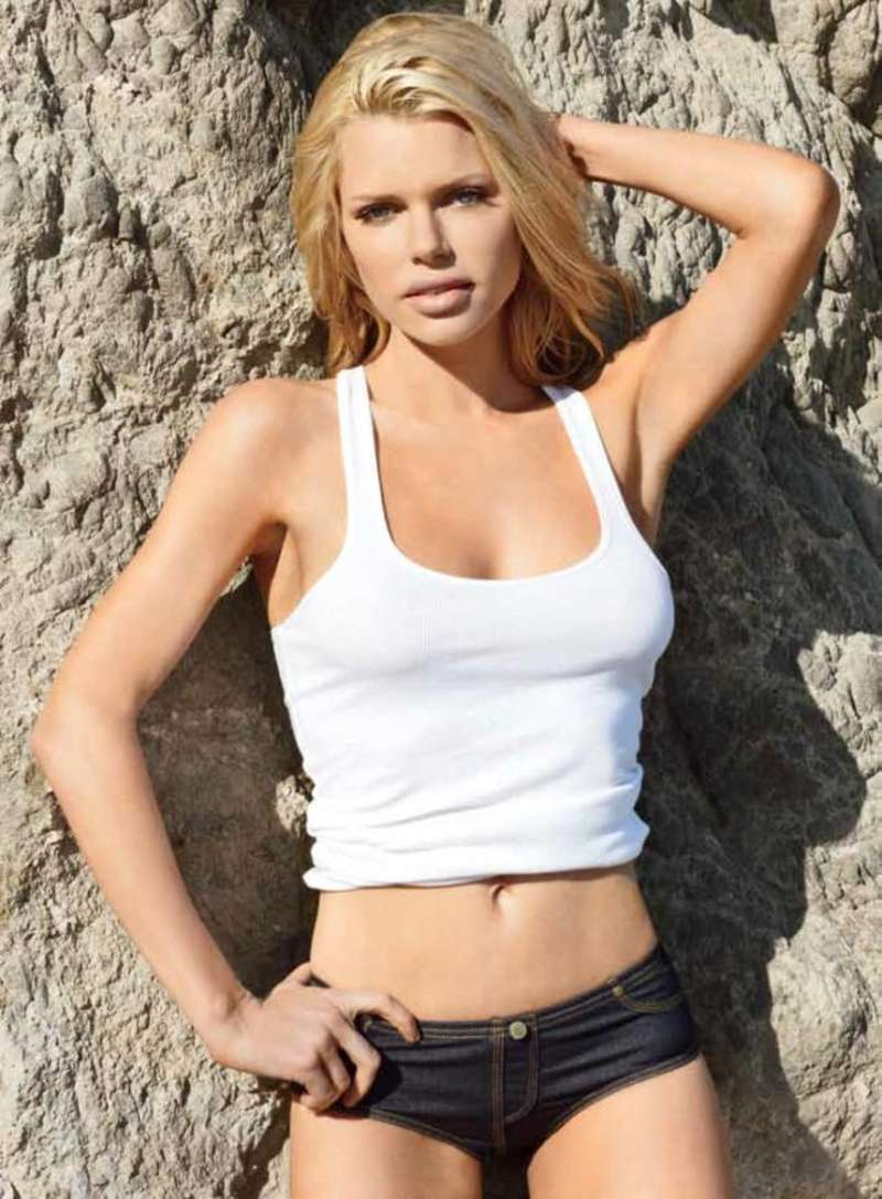 Hot Sophie Monk nude photos 2019
