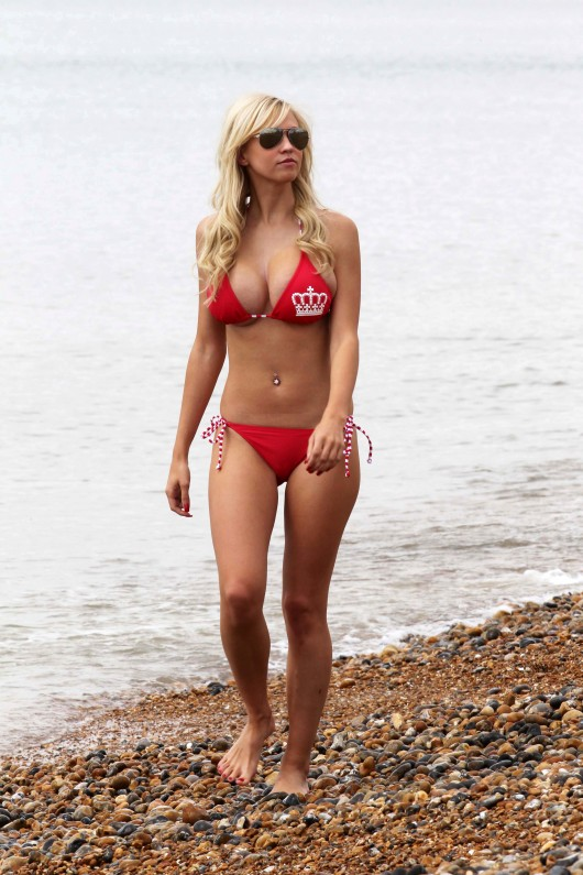 Sophie Reade – Bikini – George/World Cup Photoshoot