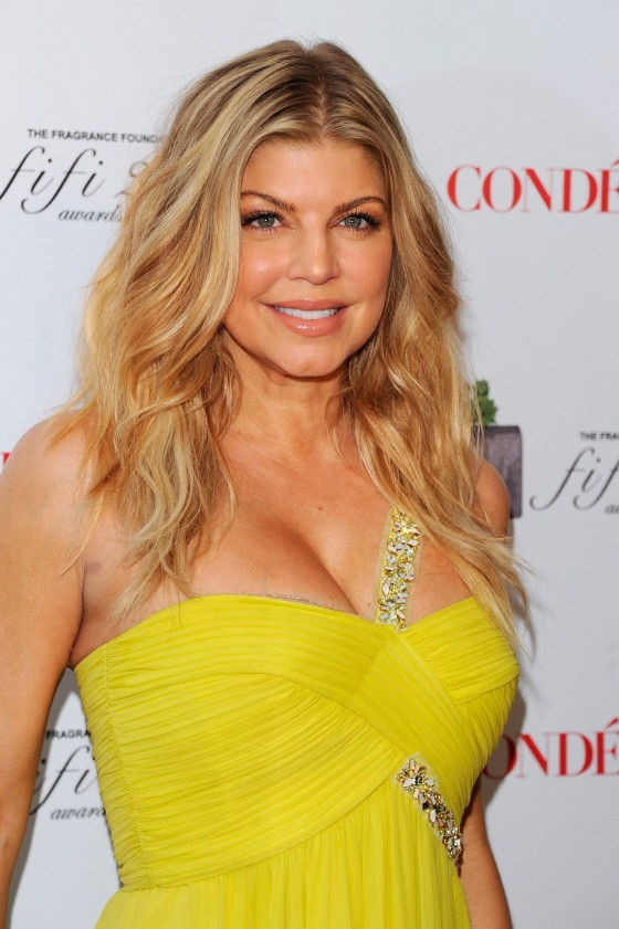 Stacy 'Fergie' Ferguson - Cleavage Candids at 2011 FiFi Awards