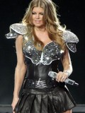 stacy-fergie-ferguson-performing-at-super-bowl-xlv-05