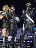stacy-fergie-ferguson-performing-at-super-bowl-xlv-10