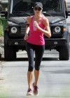 Stacy Keibler Jogging-02