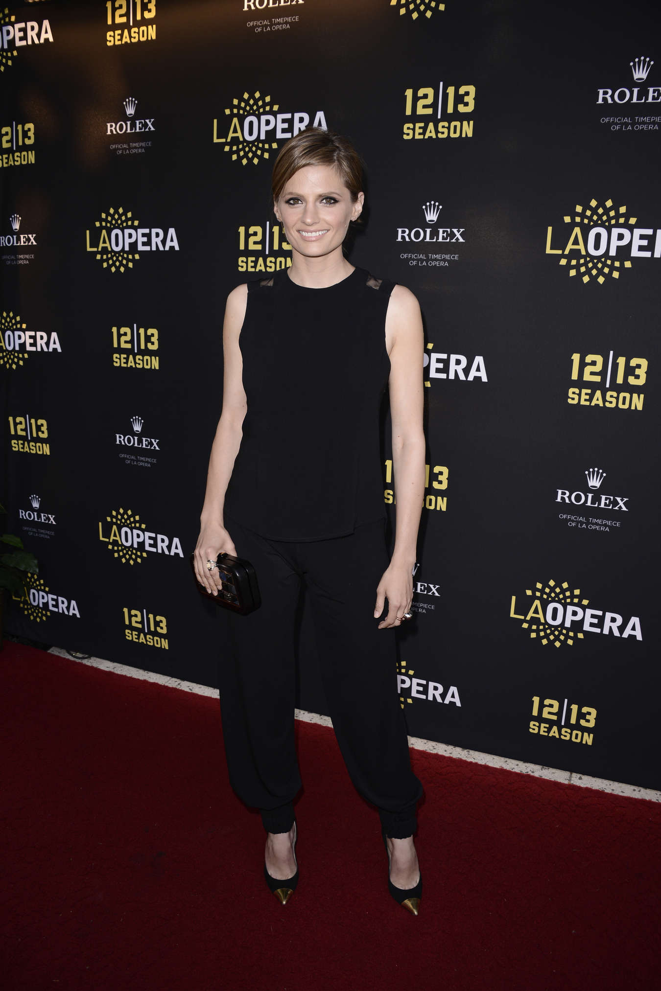 Comment On This Picture Stana Katic Celebrity Picture Gallery Comment ...