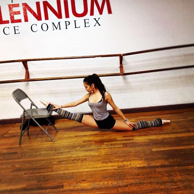 Stella Hudgens     Flexible Dance Practice In Millennium Dance Studio    Stella Hudgens Ballet