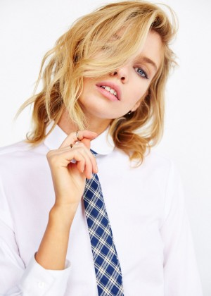 Stella Maxwell: Urban Outfitters 2014 -01