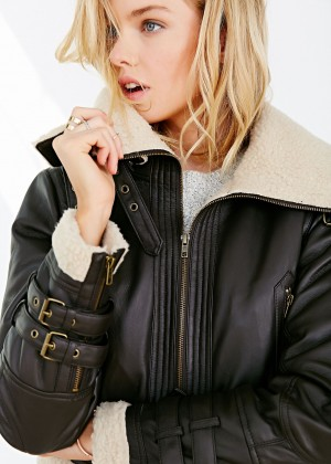 Stella Maxwell: Urban Outfitters 2014 -18