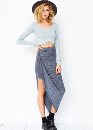 Stella Maxwell: Urban Outfitters 2014 -23