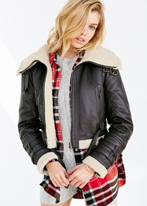 Stella Maxwell: Urban Outfitters 2014 -24