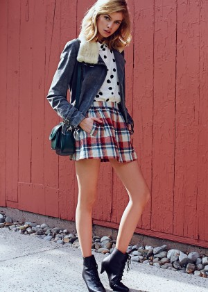 Stella Maxwell: Urban Outfitters 2014 -39