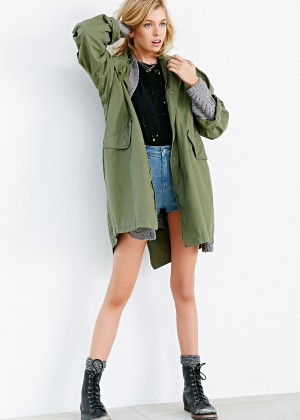 Stella Maxwell: Urban Outfitters 2014 -42
