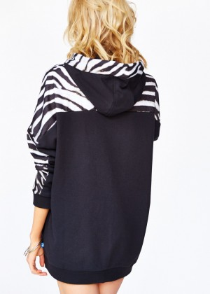 Stella Maxwell: Urban Outfitters 2014 -55