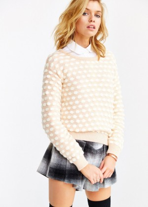 Stella Maxwell: Urban Outfitters 2014 -65