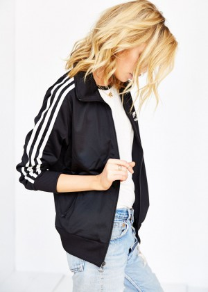 Stella Maxwell: Urban Outfitters 2014 -82