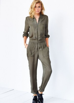 Stella Maxwell: Urban Outfitters 2014 -87