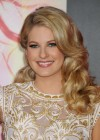 Stephanie Leigh Schlund - The Hunger Games: Catching Fire Hollywood Premiere -07