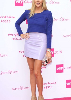 Stephanie Pratt - Fearne Cotton Fashion Show in London