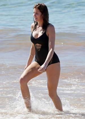 Stephanie Seymour in Black Swimsuit -07