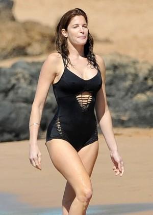Stephanie Seymour in Black Swimsuit -10
