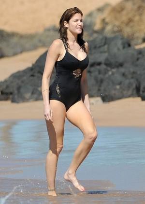 Stephanie Seymour in Black Swimsuit -12