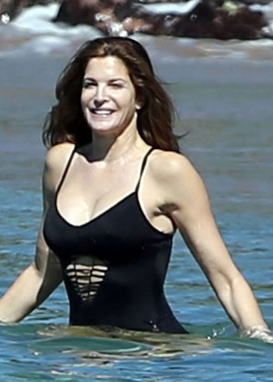 Stephanie Seymour in Black Swimsuit -36