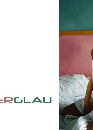 Summer Glau: Hot Widescreen Wallpapers -20