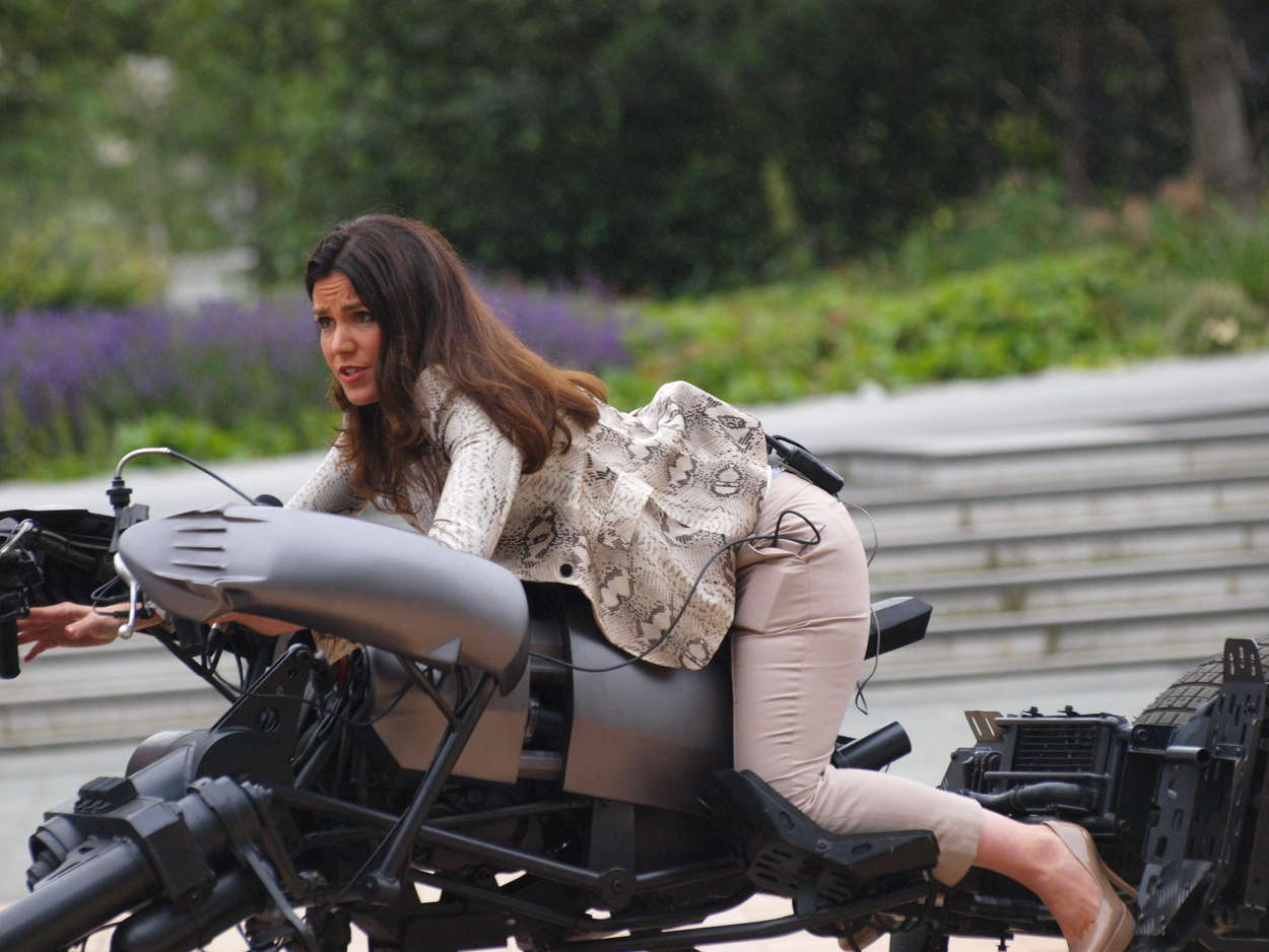 http://www.gotceleb.com/wp-content/uploads/celebrities/susanna-reid/outside-bbc-studios-salford-on-bat-motorcycle/Susanna%20Reid%20-%20Bat-motorcycle-07.jpg