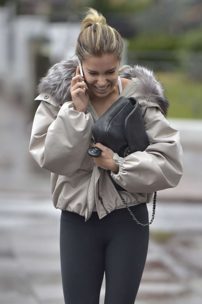 Sylvie Meis in Tight Leggings -04