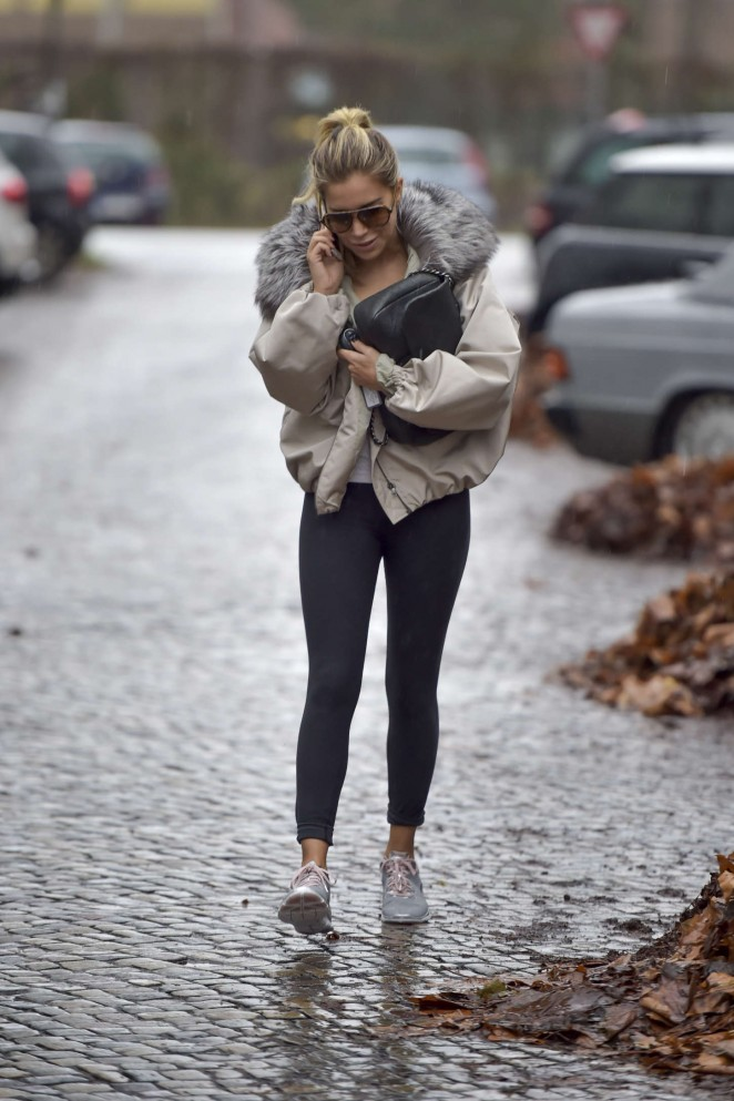 Sylvie Meis in Tight Leggings -15
