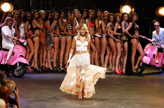 Sylvie van der Vaart – Mercedes Fashion Week -17