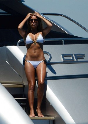 Sylvie van der Vaart in Bikini -38