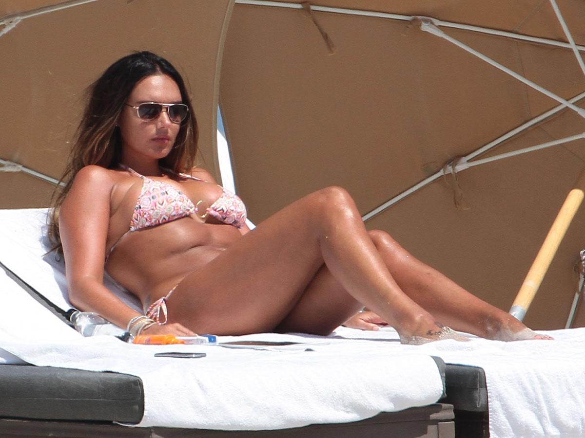Tamara Ecclestone 2013 : Tamara Ecclestone In pink bikini In Miami -27