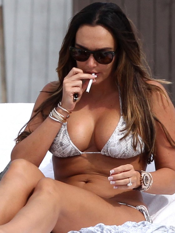 Tamara Ecclestone Shows Off Her Bikini Body in Miami-05