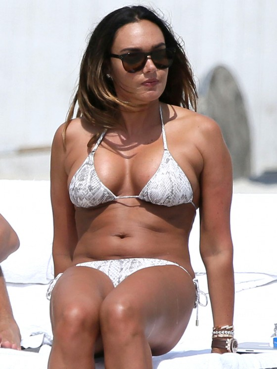Tamara Ecclestone Shows Off Her Bikini Body in Miami-08