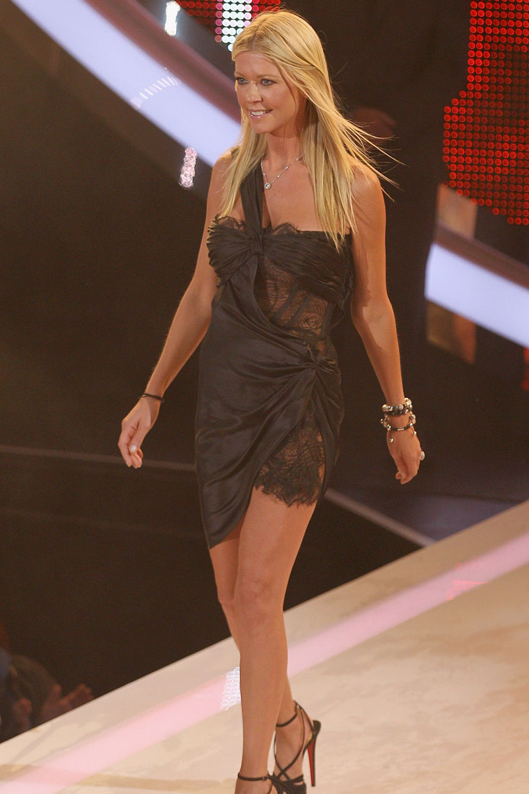 Tara Reid - Big Brother-07 - GotCeleb