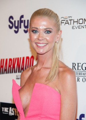 "Tara Reid - ""Sharknado 2: The Second One"" Premiere in Los Angeles"
