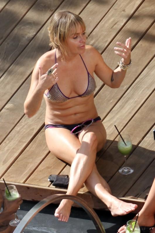 taryn-manning-bikini-candids-by-the-pool-in-waikiki-17oct ...