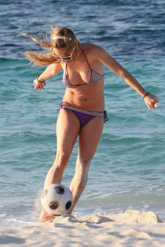 taryn-manning-in-a-bikini-13 - GotCeleb