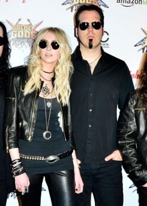 Taylor Momsen - 2014 Revolver Golden Gods Awards in LA-01