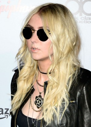 Taylor Momsen - 2014 Revolver Golden Gods Awards in LA-02