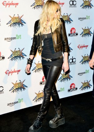 Taylor Momsen - 2014 Revolver Golden Gods Awards in LA-05