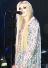 Taylor Momsen got lapdance from Jenna Haze on stage in House of Blues-16