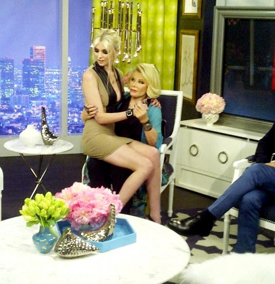 Taylor Momsen looking hot at E Fashion Police-01